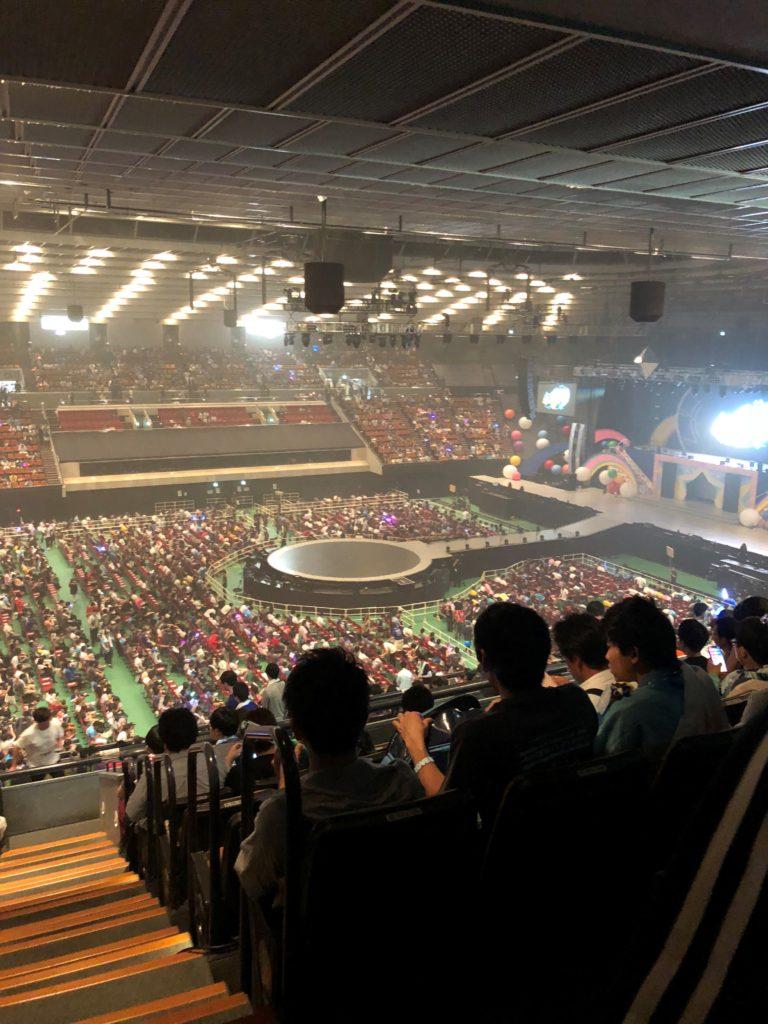 大阪城ホールの立ち見席は地獄!?...